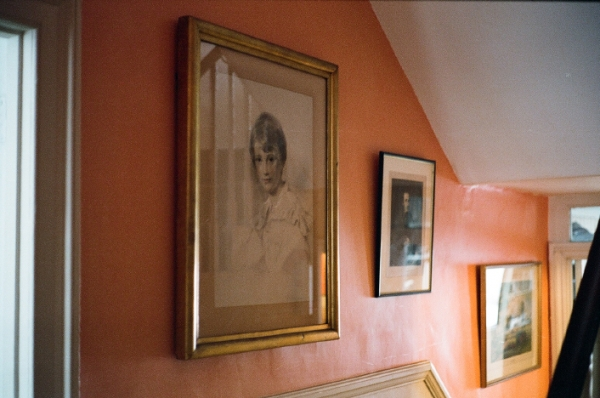 http://www.ellyclarke.com/files/gimgs/16_vanderwerffportraitinsitu.jpg